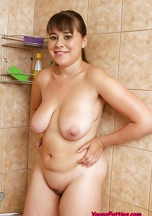 Amateur big floppy tit milf tiny tunes and